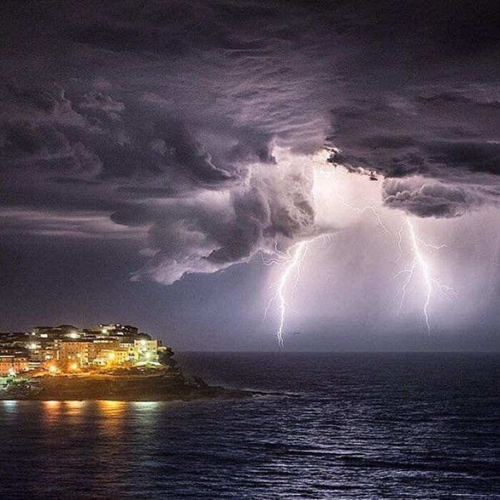 Lightening in Australia